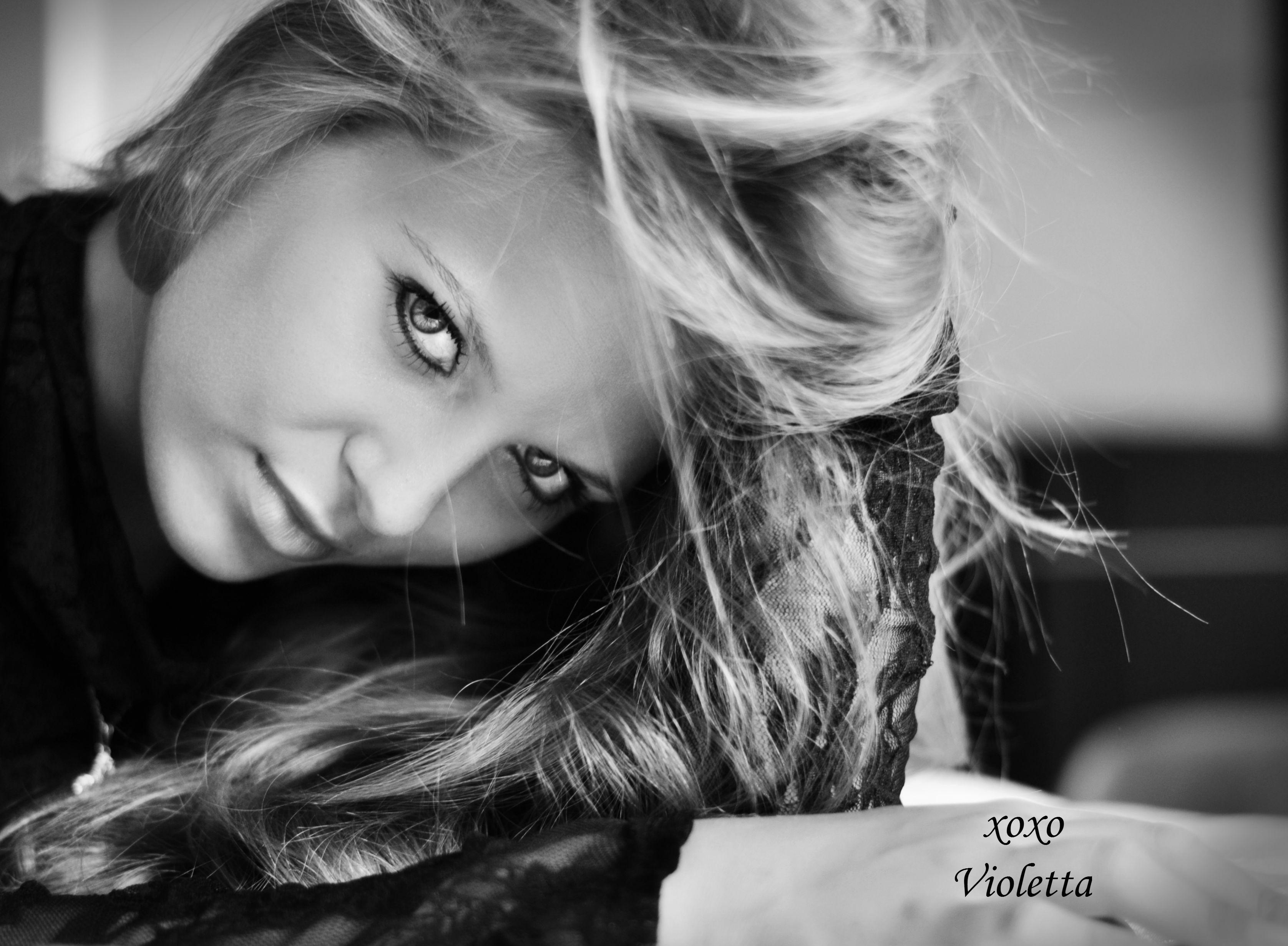 Violettas - ABOUT(2)