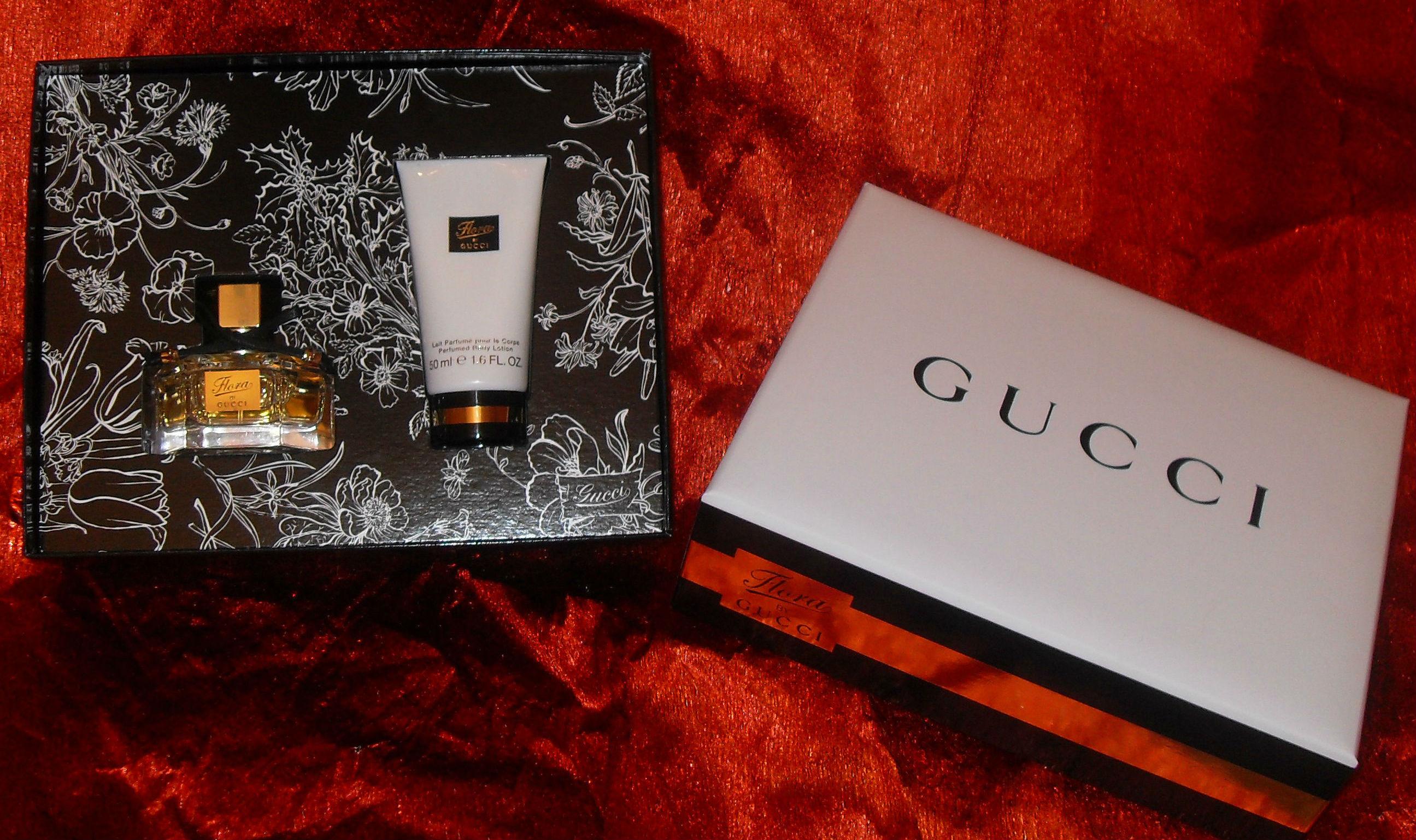 Violettas Gucci